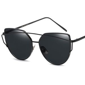 Accessories - Oversized Big Frame UV Protective